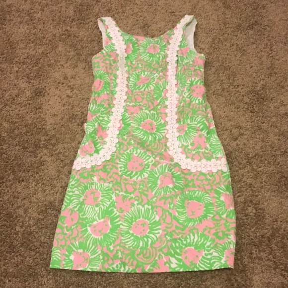 1a536eac1ac Lilly Pulitzer Dresses   Skirts - Lilly Pulitzer Pink and Green Lion Print  Dress